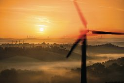 Decarbonisation underpinned by geoscience